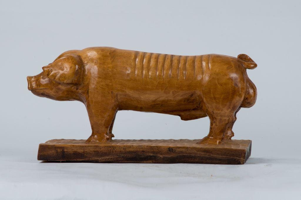 木雕作品豬