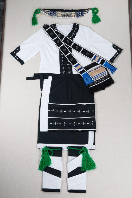 棉、麻、塑膠串珠、鈴鐺、毛線、香蕉絲